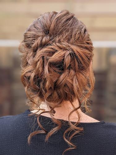 Alice's Bridal hair