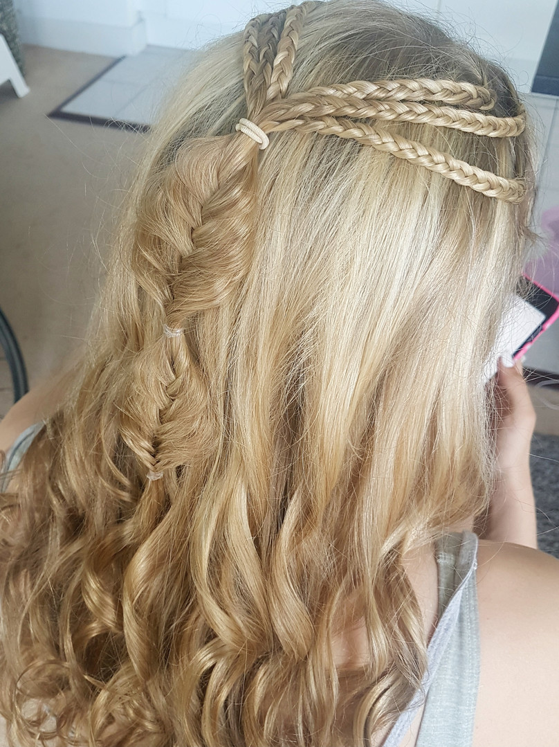 Mermaid braided hairstyle.