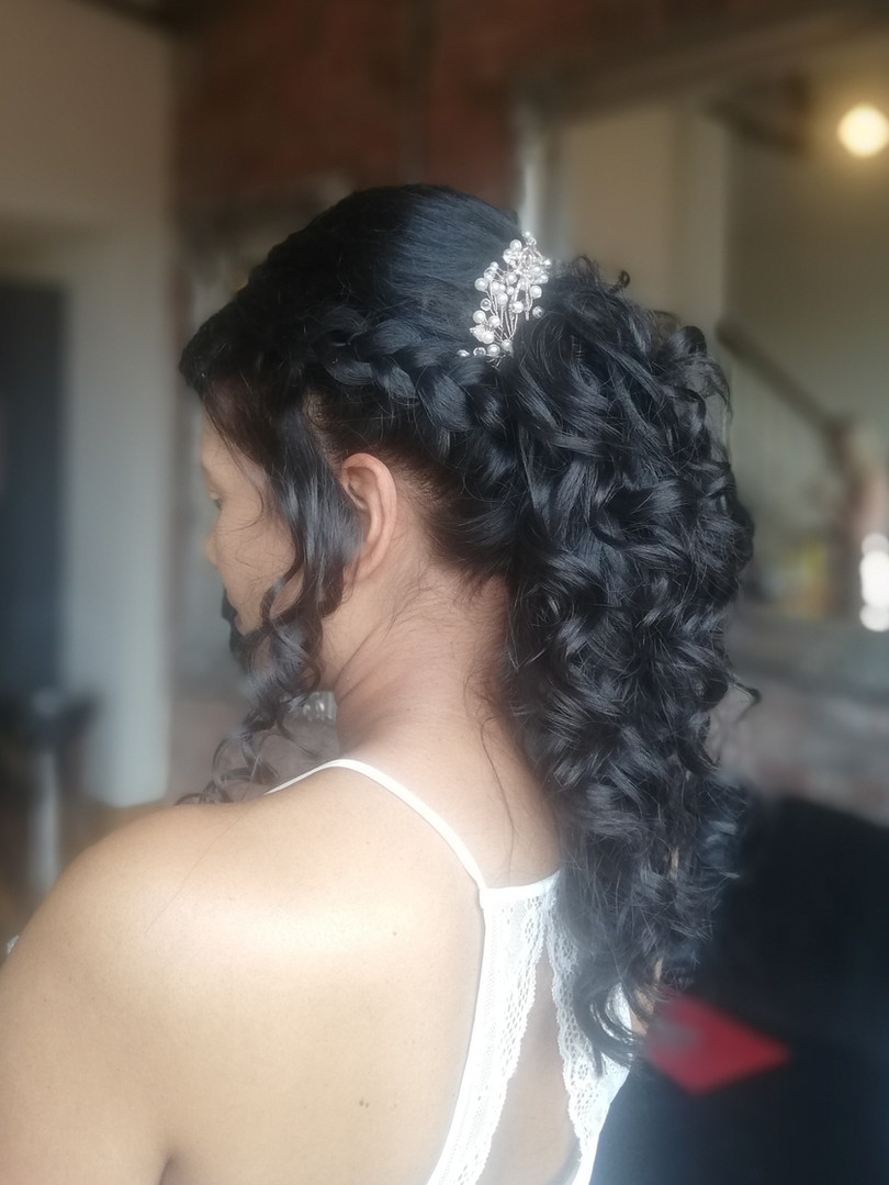 Perpetua's bridal hair.