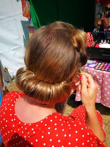 1930's inspired hair roll