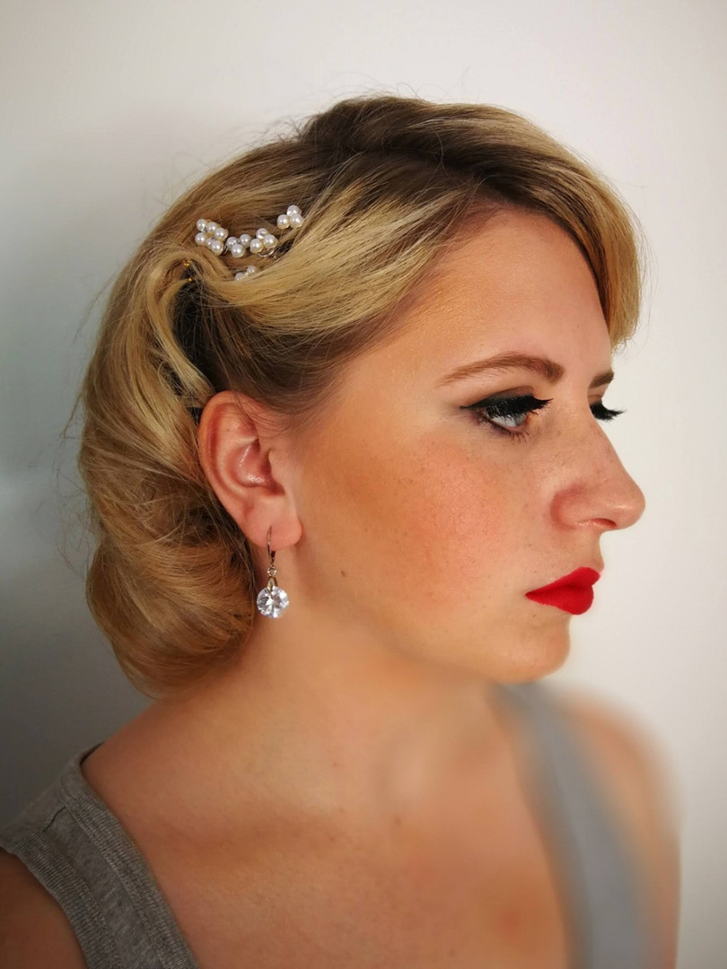 1940's era inspired hair & makeup