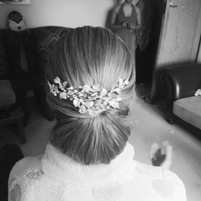 Vintage inspired bridal hair