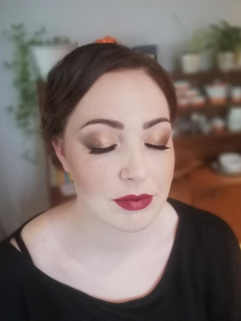 1920's makeup look.