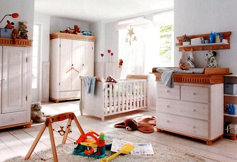 Kleiderschrank/ Babyzimmer HELSINKI