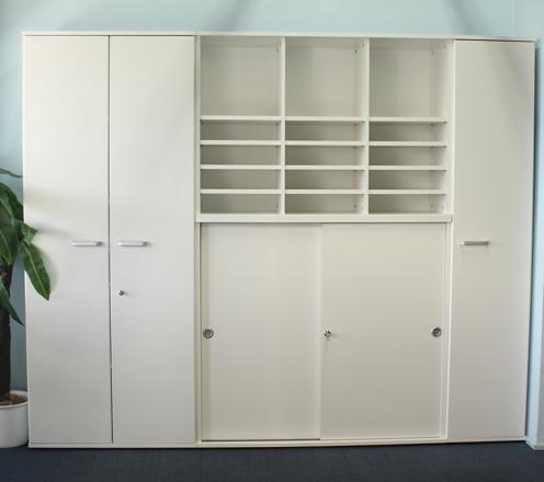 Bürowand Weiß
