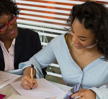 woman tutoring her student - 640x427.jpg