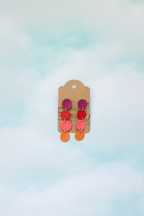The Pebble Earrings in Magenta Calypso Ombre