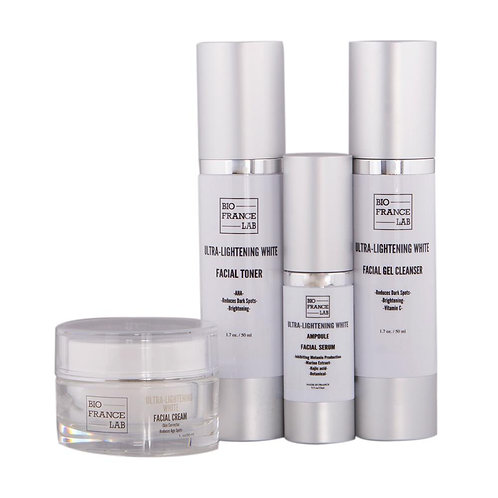 ULTRA-LIGHTENING WHITE TREATMENT 4 PCS SET