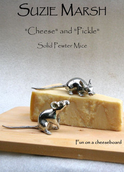 Chees&Pickle text