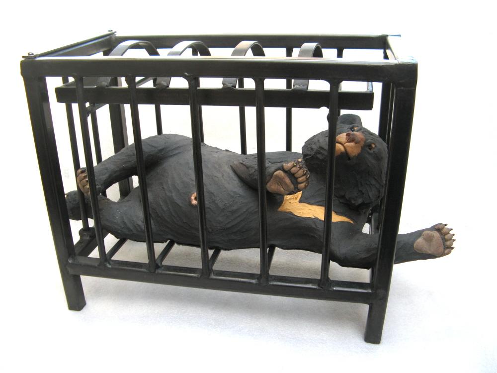 Moon Bear in crusher cage - Ceramic