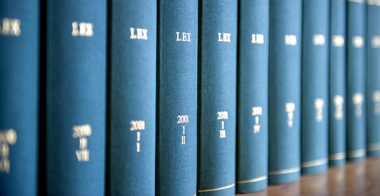 Law%20Books_edited.jpg