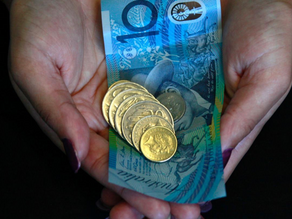 Coronavirus: contaminated money fears push Australia to card payments and cashless shopping.