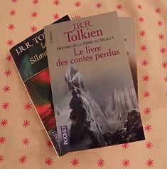 Deux oeuvres de J.R.R. Tolkien.