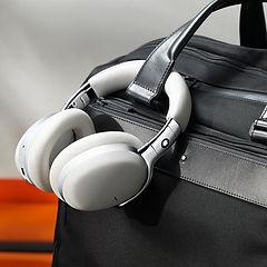 191223_Montblanc_Headphones_Shoot_Post3_