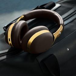 191223_Montblanc_Headphones_Shoot_Post1-