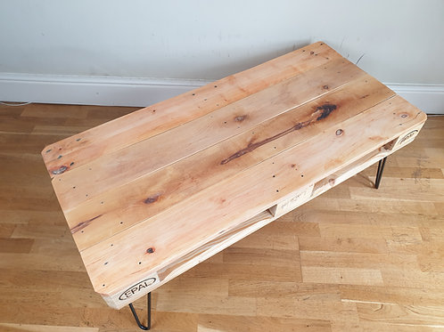 Clean pallet coffee table