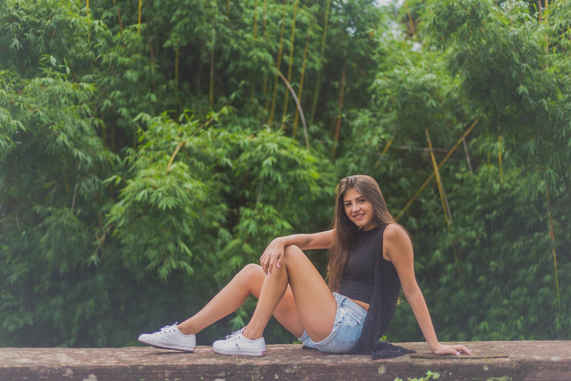 Ana (9)