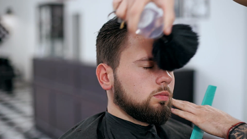 barber-cuts-the-hair-in-the-barbershop-s
