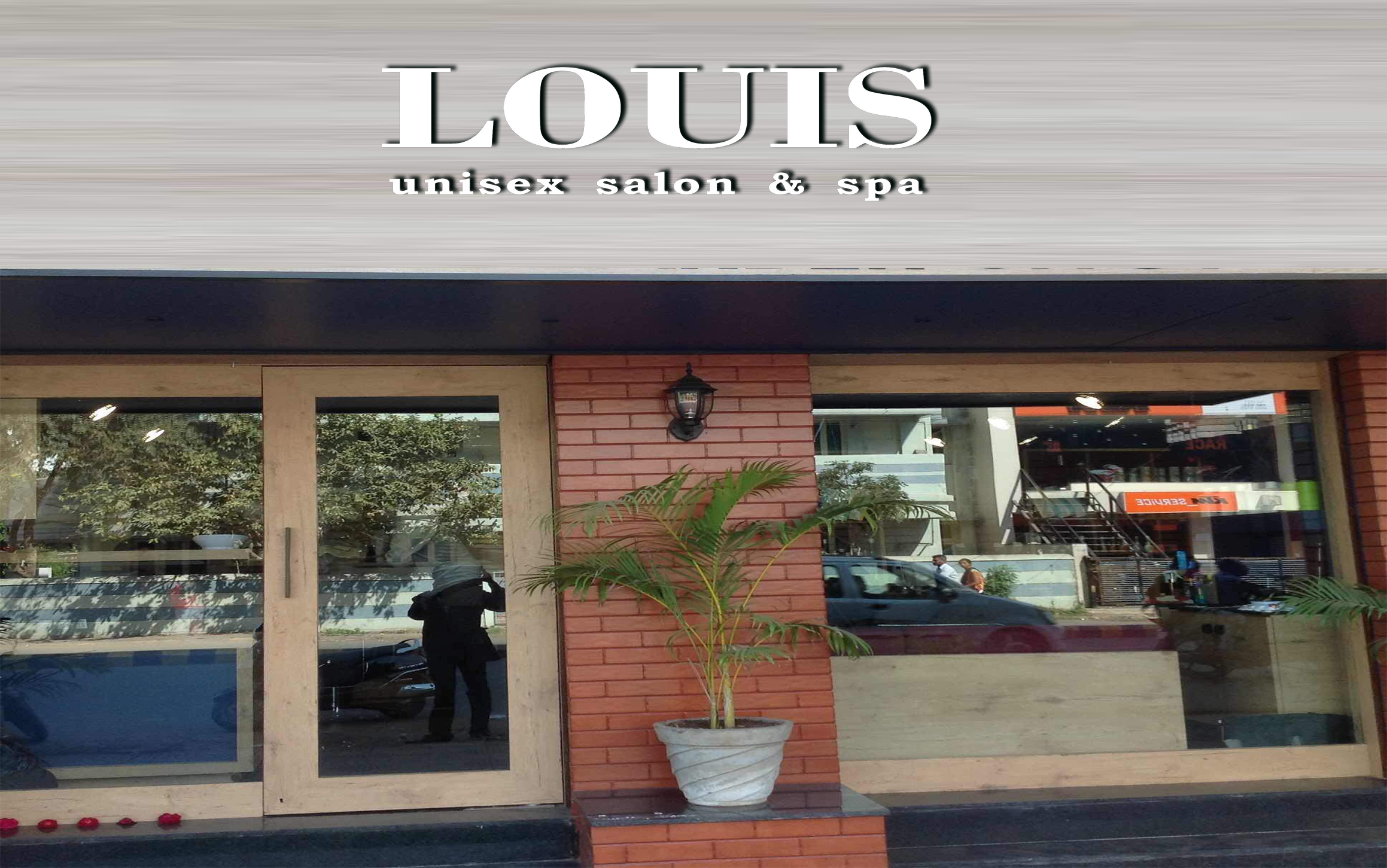 louis+unisex+salon+dubai 21