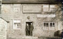 Railway Inn, J. Brown landlord 1904-15.