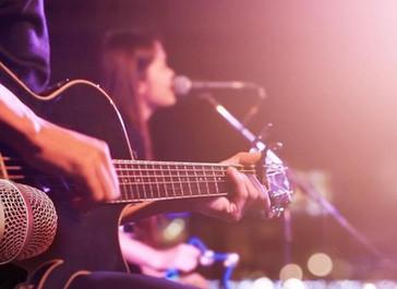 Τι ισχύει για τις άδειες μουσικής και την αδειοδότηση καταστημάτων υγειονομικού ενδιαφέροντος