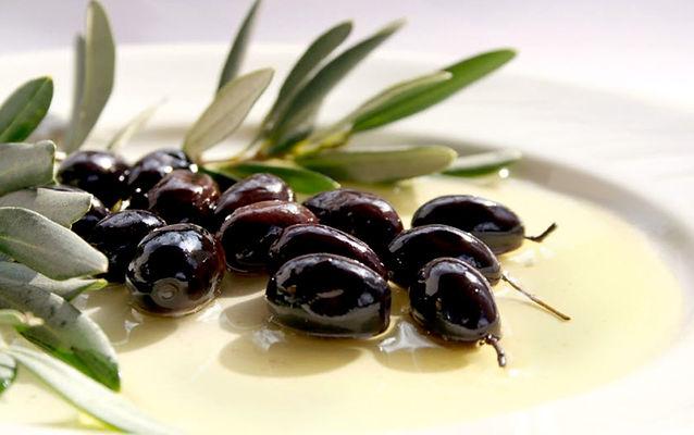 banner-olives.jpg