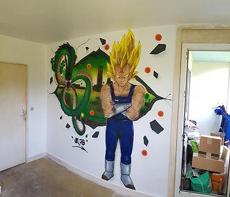 UR-78 artiste graffiti, portait noir et gris, tag, design et street art, UR-78 , street art, spray paint art, deco dragon ball z, dbz, boule de cristalUR78 artiste graffiti,