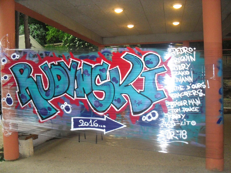 Cellograffiti réalisé par les élèves