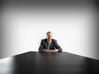 Собираетесь поработать номинальным директором? Узнайте о последствиях