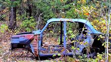 В России введут штраф за брошенные разукомплектованные автомобили