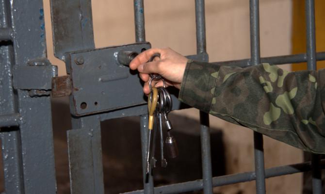 ФПА предлагает освобождать из СИЗО обвиняемых, которых долго не навещал следователь