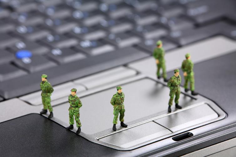Не исключено, что присылать повестки в военкомат по электронной почте будут уже в 2018 году