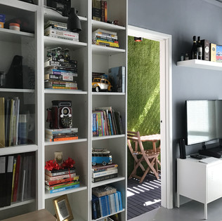 Faloe Hostel - Mini Library