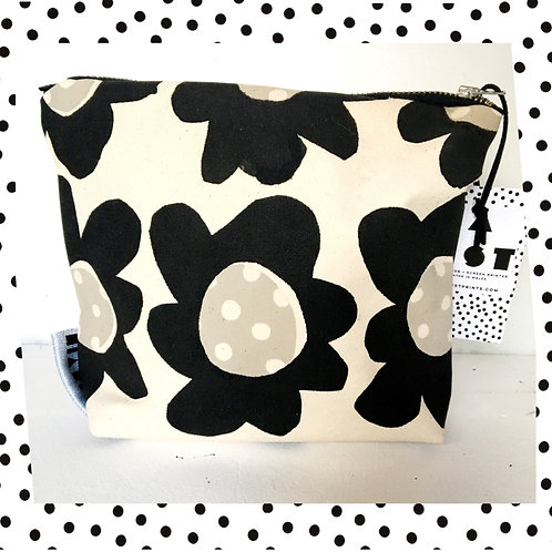 Flora Mono Make Up Bag