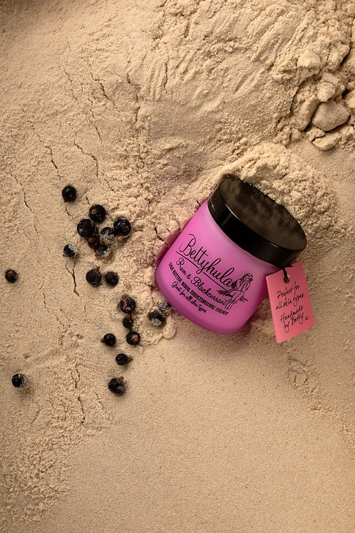 Betty Hula Body Moisturiser- Rum & Blackcurrant