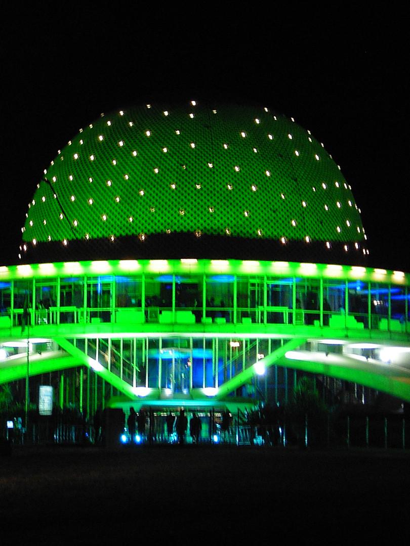Heineken en el planetario