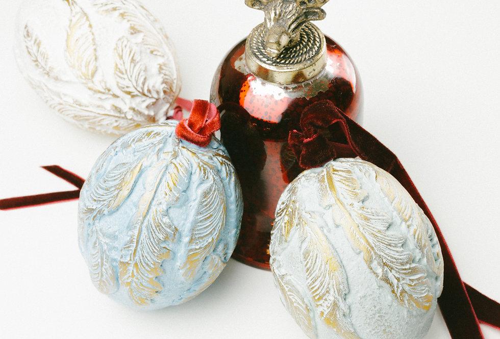 SET OF 3 CHRISTMAS EGGS