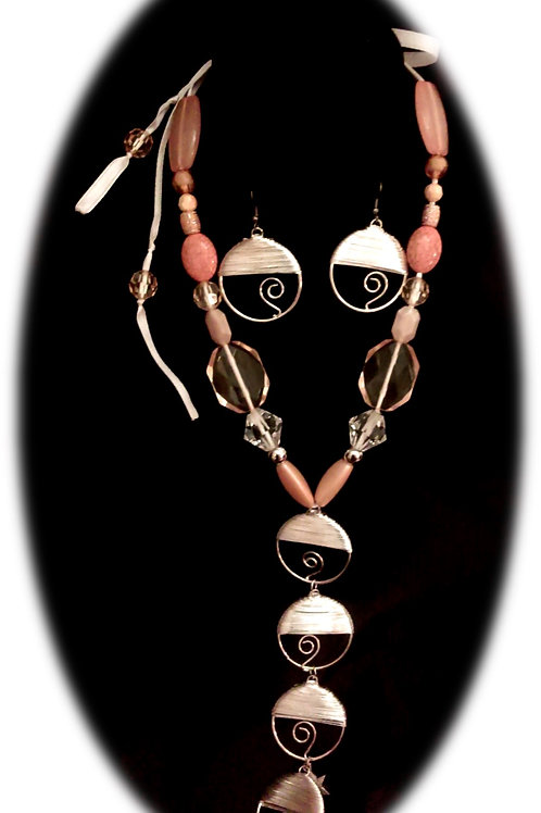 Just Peachy Necklace Set