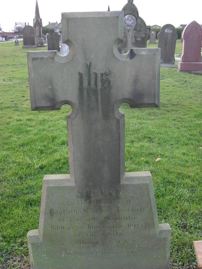 Grave of Cpt Arthur Sinclair, CSN, Fleetwood Cemetery