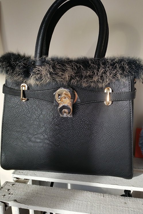 Winter faux fur trim bag