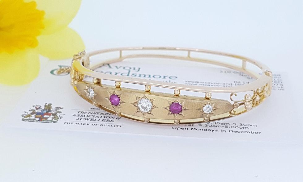 15ct Yellow Gold Diamond and Ruby Bangle