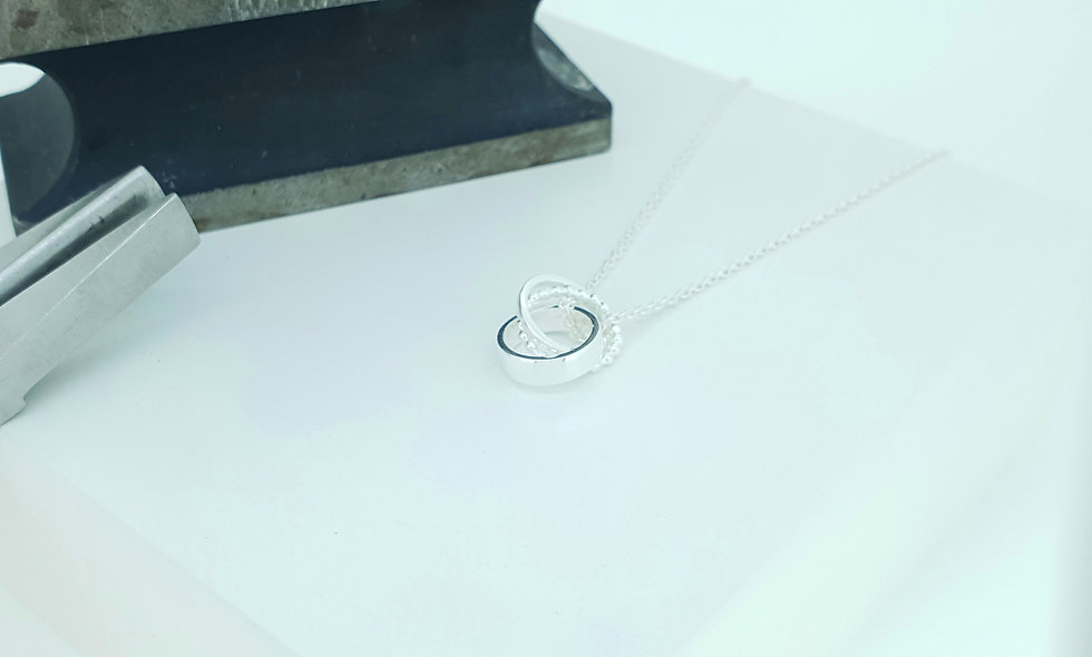 Silver Entwined Circle Necklace