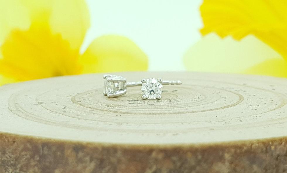 18ct White Gold 0.33ct Diamond Stud Earrings