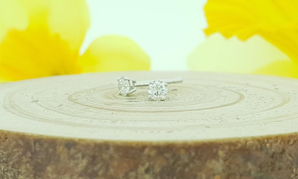 18ct White Gold 0.30ct Diamond Stud Earrings