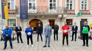 """Kooperation statt Feindbildern: HW mit """"4Football"""" für den vereinsübergreifenden Fußball"""