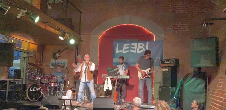 LEEB! Live_01_5.jpg