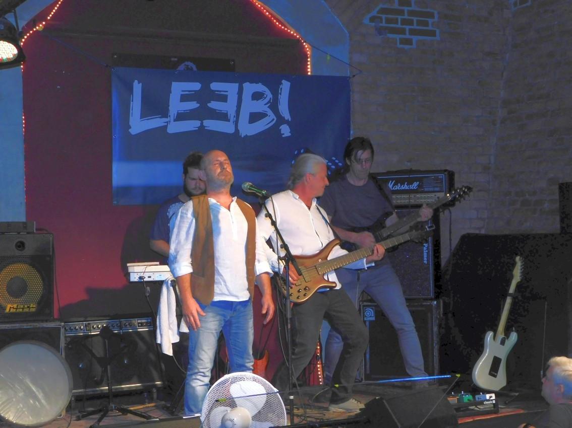 LEEB! Live_01_18.JPG