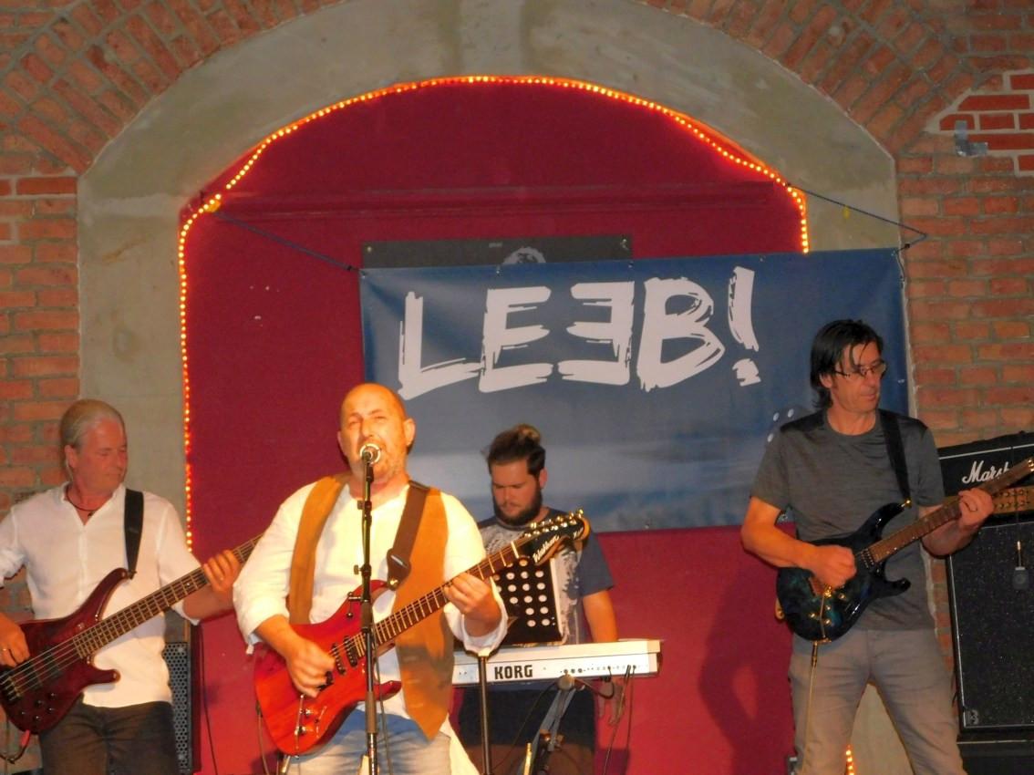 LEEB! Live_01_15.JPG