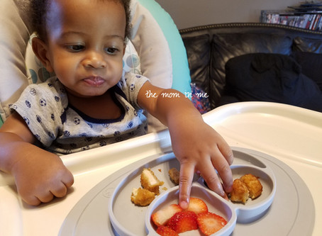 Why I Chose Baby Led Weaning Over Pureed Foods
