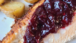 Homemade Cranberry Sauce with Hibiscus